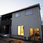 収納スペースを各所に設けた暮らしやすい家